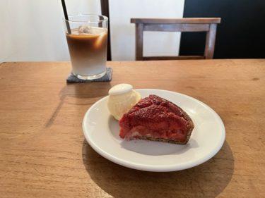 横浜元町オシャレカフェ「レント」はニース風サラダと焼きいちごのタルトが絶品